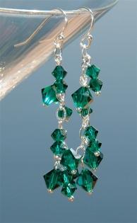 ldd-dangle-earrings-emerald